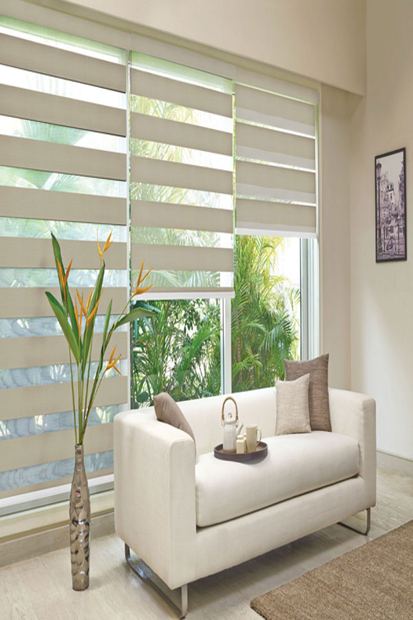 anna_dark_beige-1-blinds-on